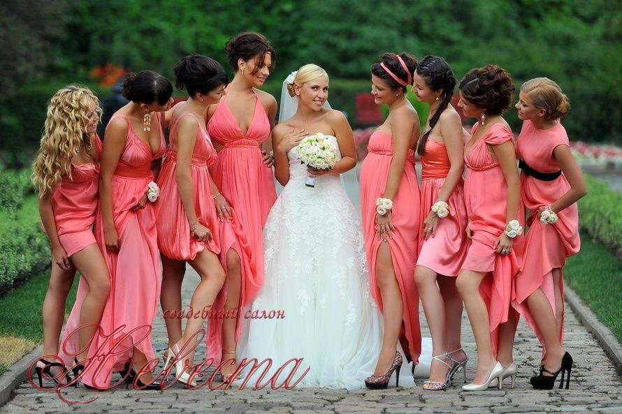 Платья подруги невесты